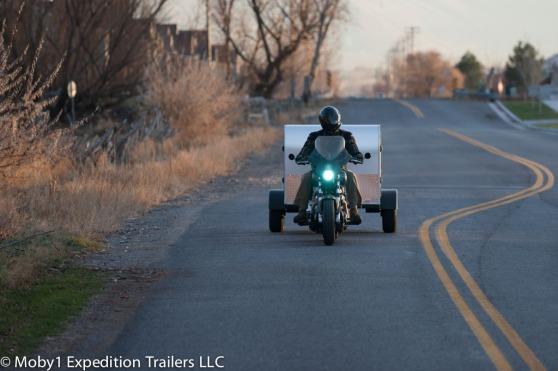 motor-met-caravan