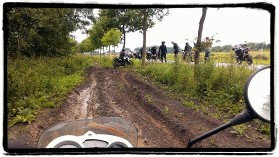 modder-rijden-motor