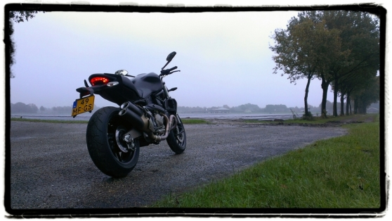ducati-monster-821-mistig
