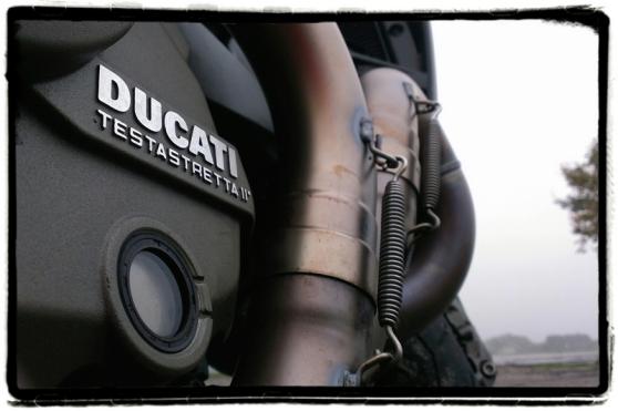 ducati-testastretta-ii-monster