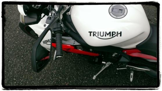 triumph-street-triple-r-vogelperspectief