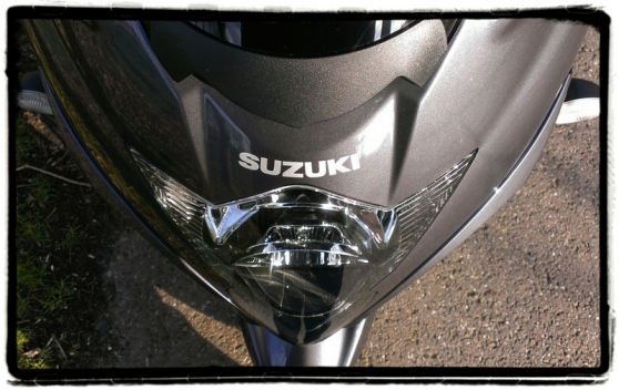 suzuki-gsx1250-fa-neus-close