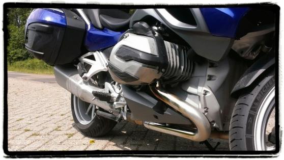 bmw-r-1200-rt-boxer-motor