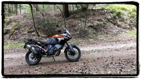 ktm-1050-adventure-bergop