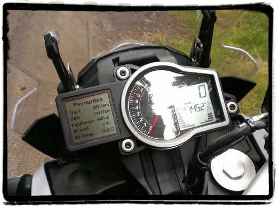 ktm-1050-adventure-dashboard
