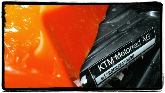 ktm-1050-adventure-sticker