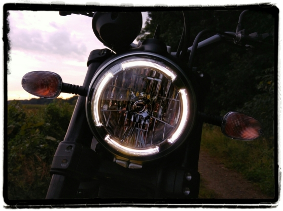 ducati-scrambler-led-koplamp