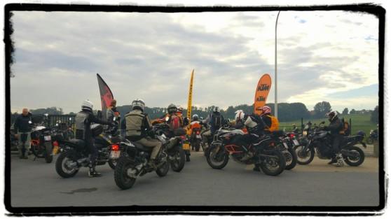 endurofun-herfstrit-vertrek-motocare