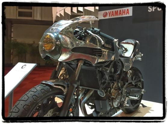 autosalon-2016-yamaha-faster-son-shinya-kimura