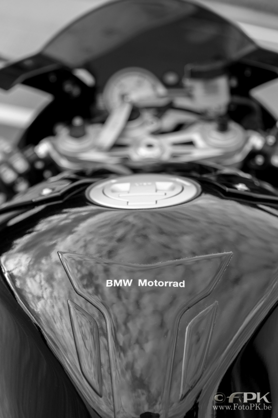 bmw-s1000rr-review