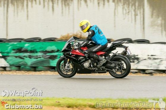 bmw-s1000rr-track