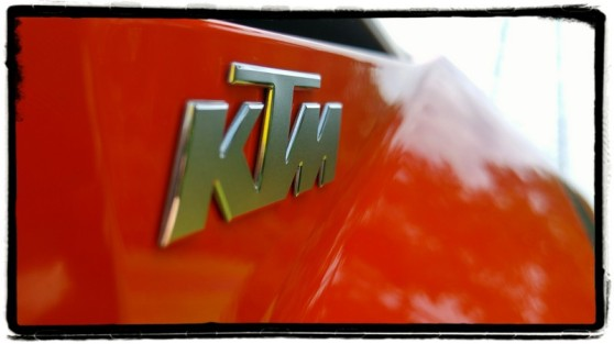 ktm-1290-super-duke-gt-logo