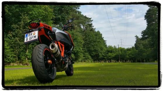 ktm-1290-super-duke-gt