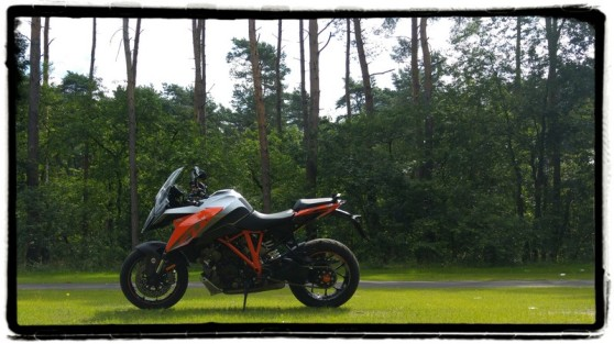 ktm-1290-superduke-gt-review
